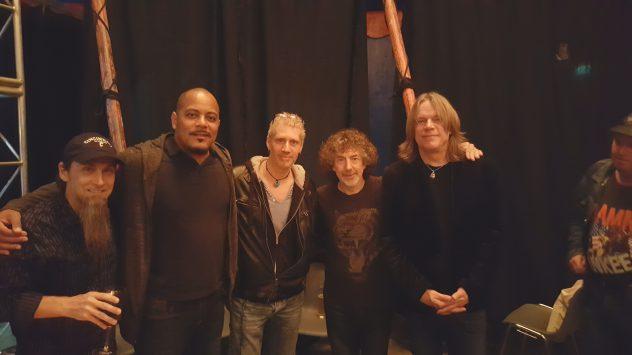 Band Protocol mit Simon Phillips,Steve Weingart, Ernest Tipps ,Andy Timmons und ich mitten drin :)